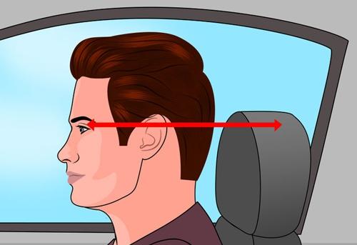 Dựa đầu nên cao hơn mí mắt và đặc biệt là gần nhất với đầu (khoảng cách 2-3 cm)