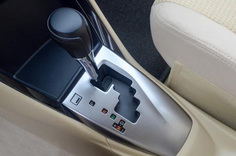 Với xe số tự động, người lái nên lưu ý thao tác khi đỗ xe để giảm thiểu hư hại cho các chi tiết trong hộp số